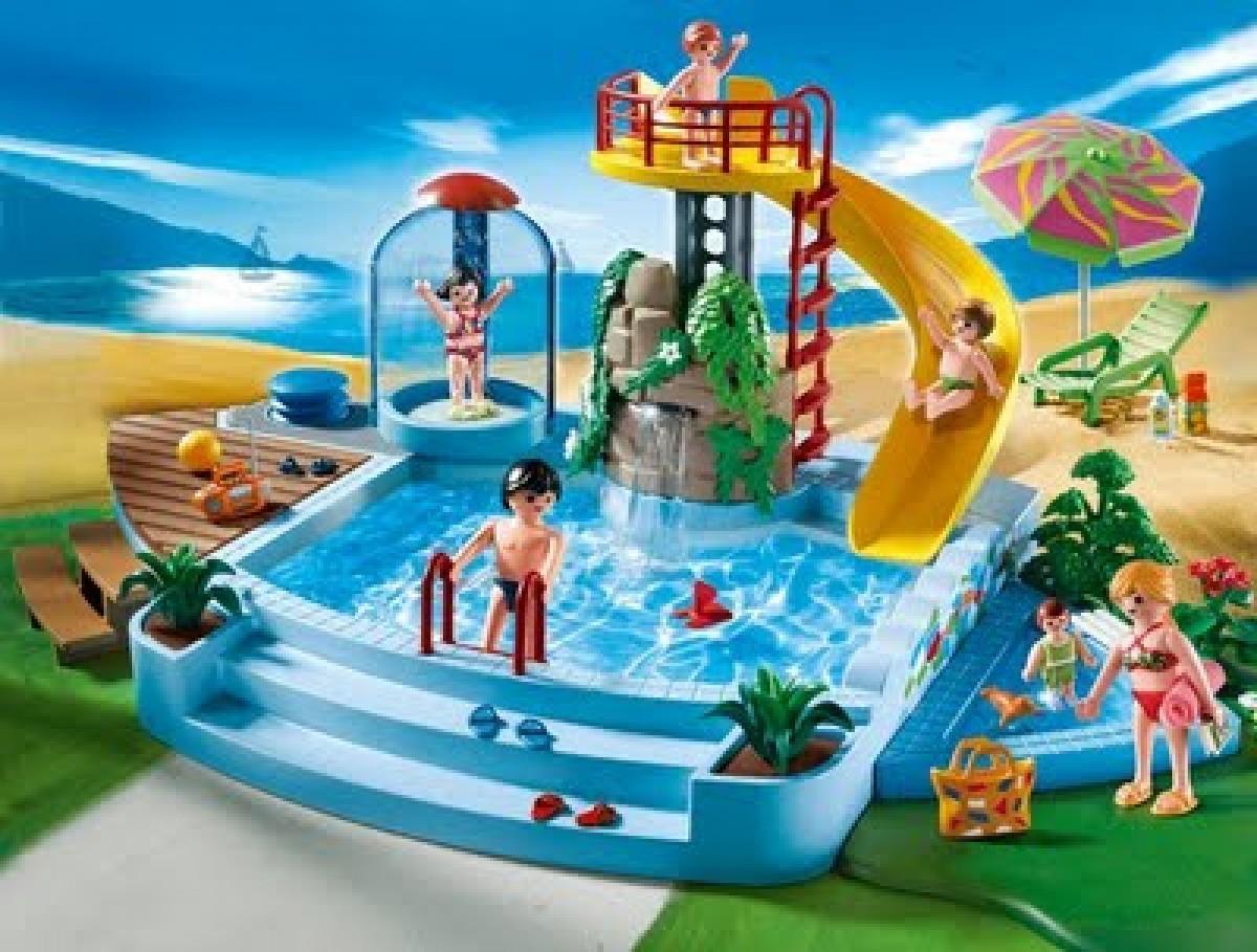 Πισίνα με νεροτσουλήθρα των Playmobil