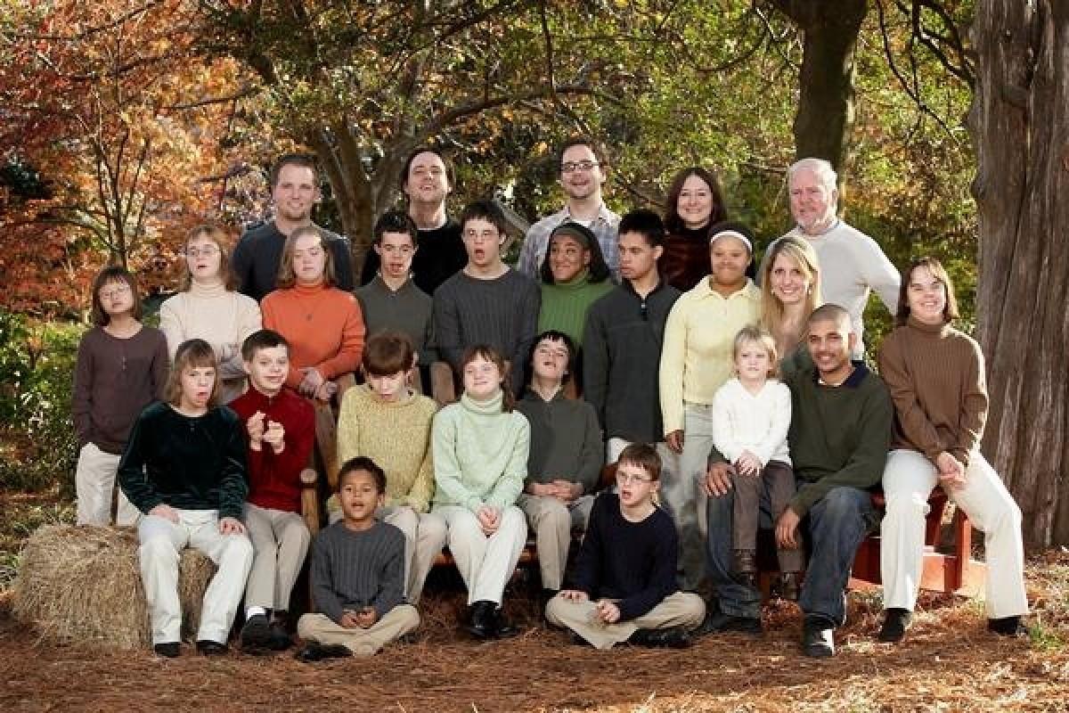 Το ζευγάρι που μεγαλώνει 27 παιδιά!