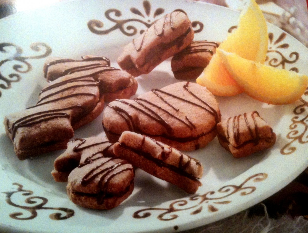 Πεντανόστιμα μπισκοτάκια γεμιστά με σοκολάτα!