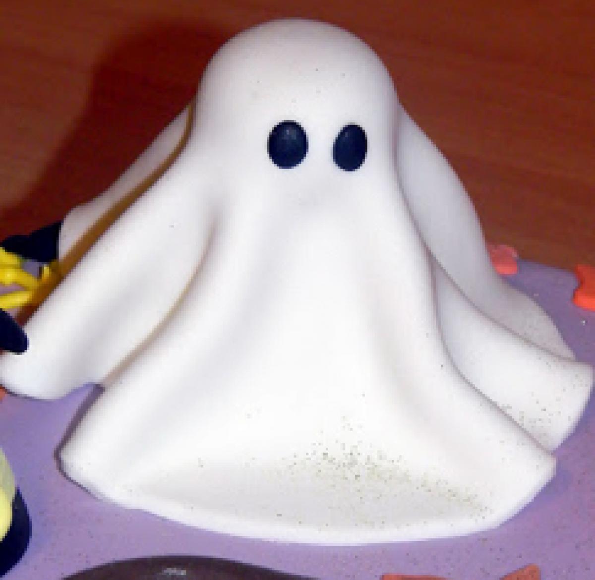 Cupcakes Φαντάσματα για το αποκριάτικο πάρτι!