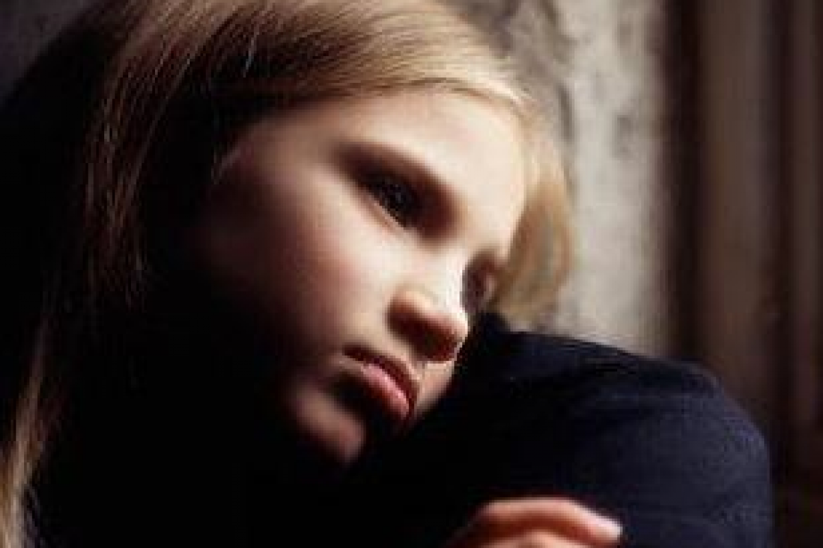 Θα έπρεπε να διώκονται ποινικά οι γονείς που σκοτώνουν παιδεραστές;
