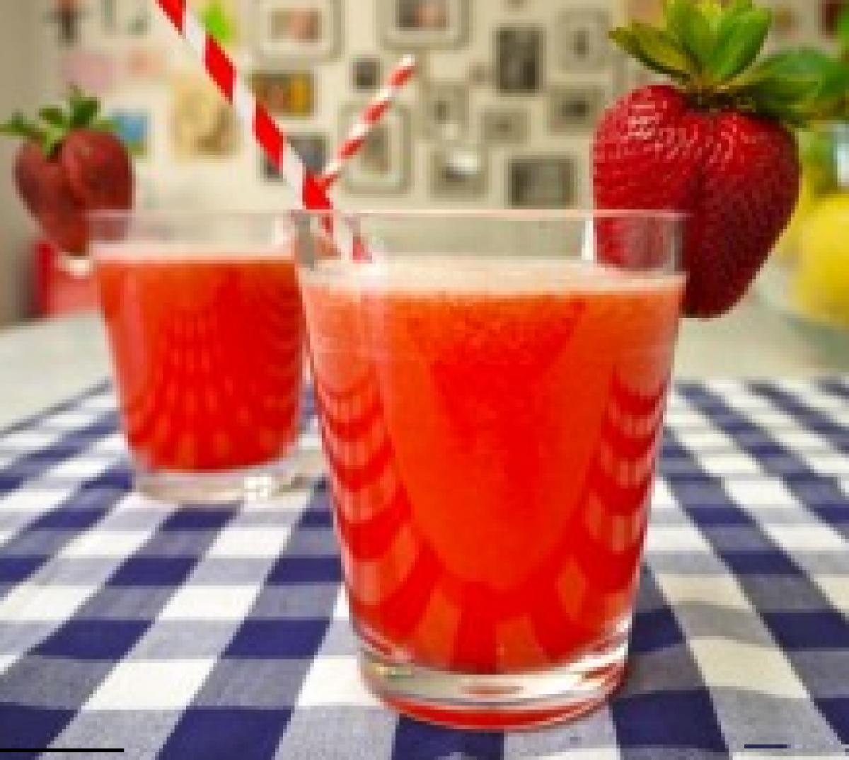 Θέλετε φραουλο-λεμονάδα;