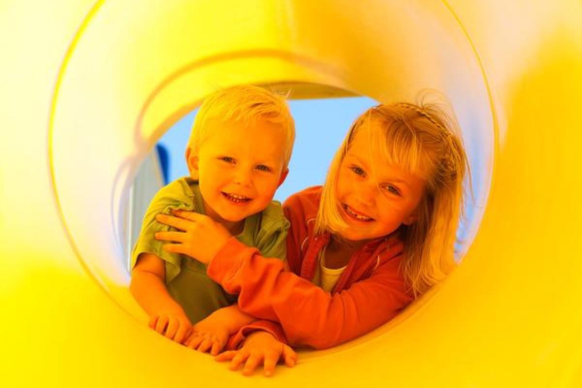 Τι λέει ο νόμος για τις «παιδικές χαρές» (Μπορούμε να τα καταφέρουμε!)