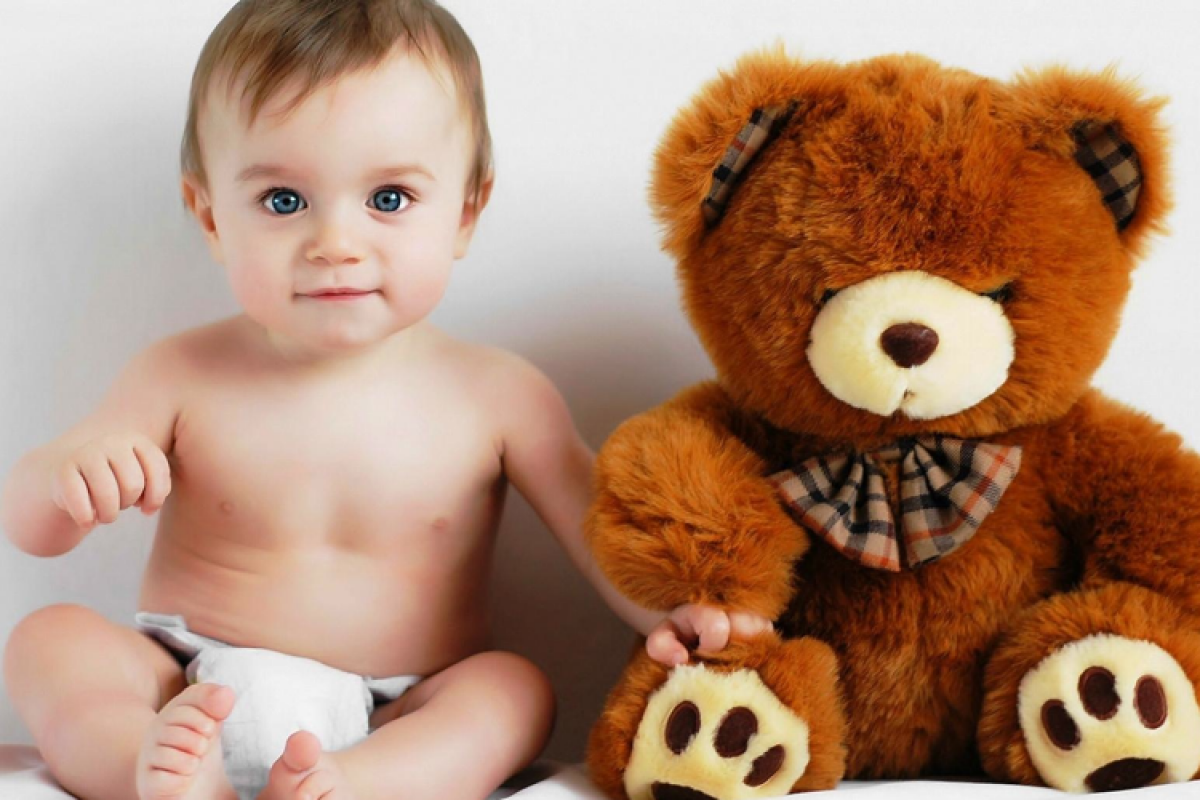 Ζητήσαμε ένα μωράκι από τη Μεγαλόχαρη και την Ειρήνη Χρυσοβαλάντου