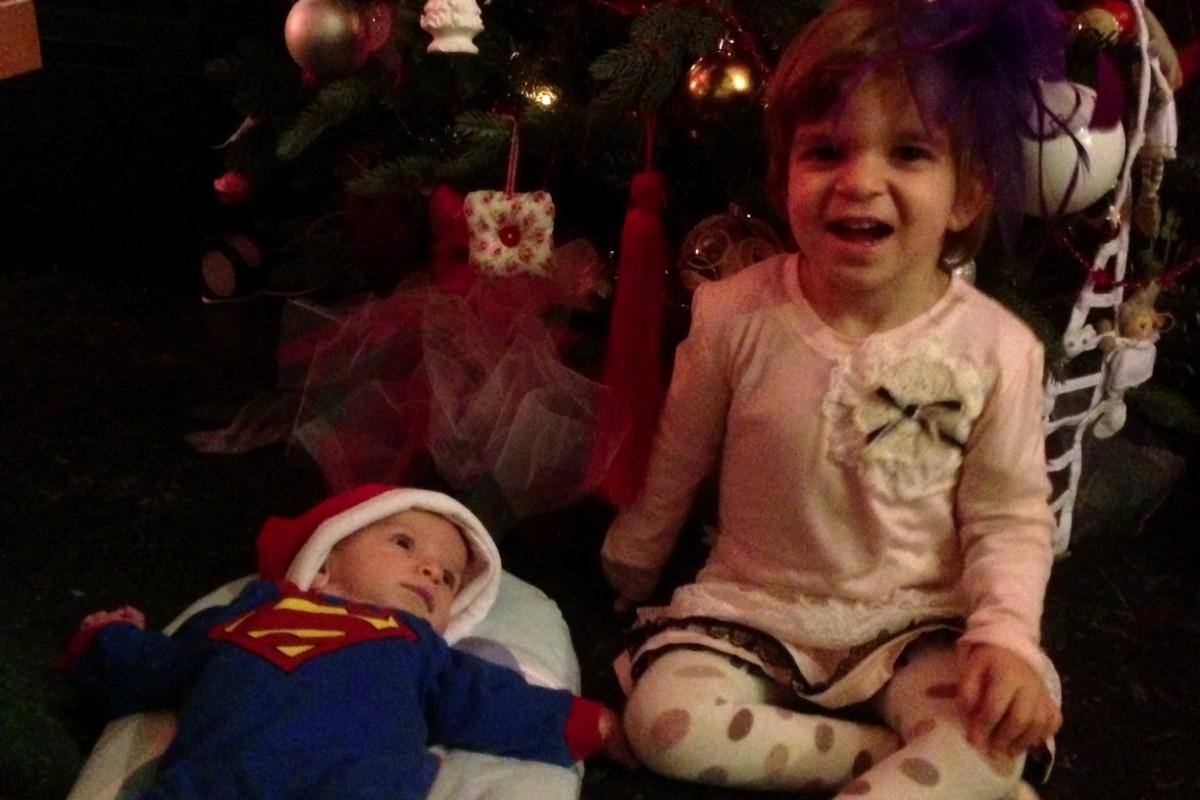 Χριστούγεννα οι 4 μας