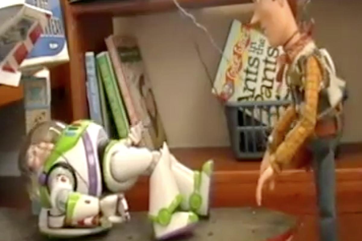 Το αγαπημενο Toy Story γυρισμένο με αληθινά παιχνίδια!
