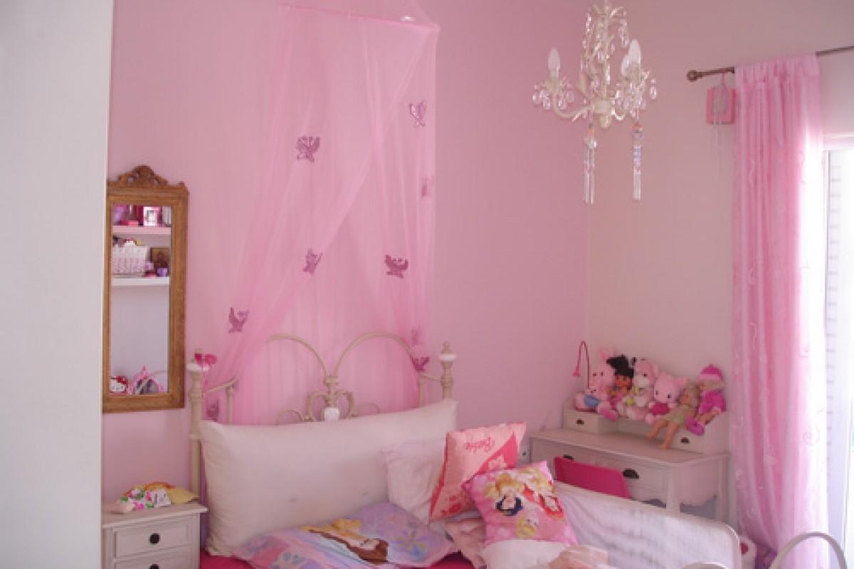 Τα δωμάτια της Μαρινέλας και του Δημήτρη