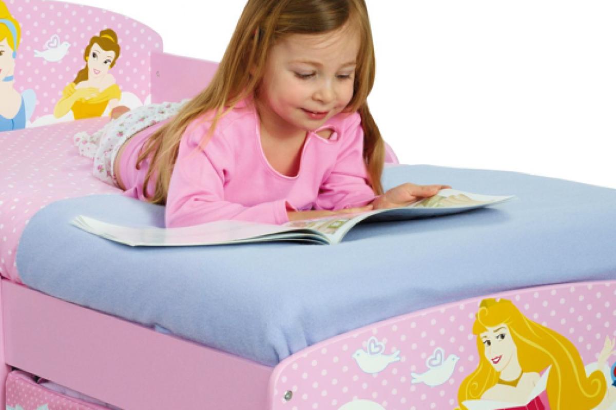 Πότε μπορεί να αρχίσει να κοιμάται σε παιδικό κρεβάτι;
