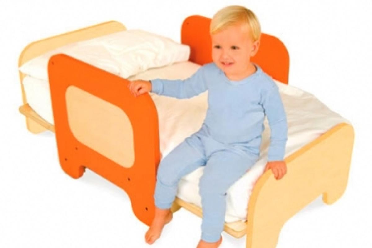 Η μαμά ρωτάει: πώς θα εκπαιδευτεί επιτέλους στο θέμα του ύπνου;
