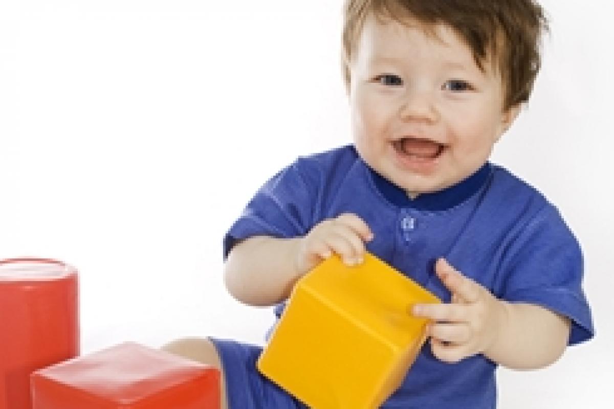 Πώς να διευκολύνουμε την ανάπτυξη του λόγου στα παιδιά 1-2 ετών
