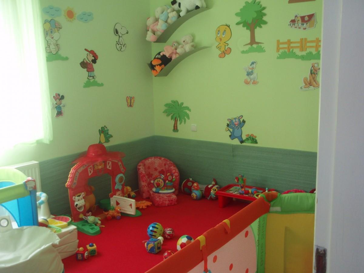 Το παιζο-δωμάτιο του Ευάγγελου και της Ναταλίας