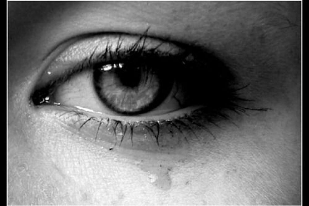 Αδιάφοροι γονεις… Κόσμος που έκλεισε τα αυτιά στα παιδικά μας κλάματα και ουρλιαχτά…