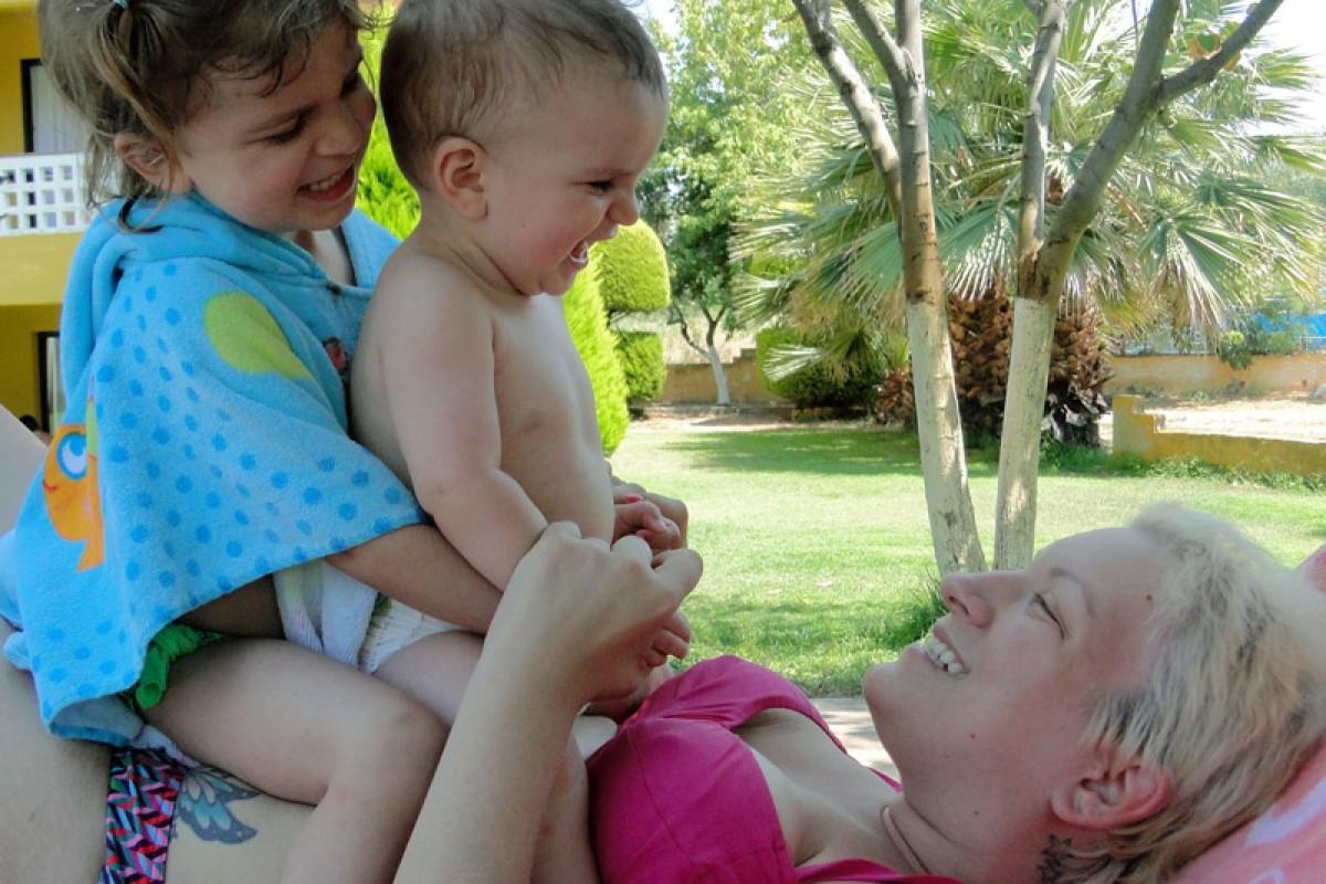 Οι πρώτες μας διακοπές με δυο παιδιά!