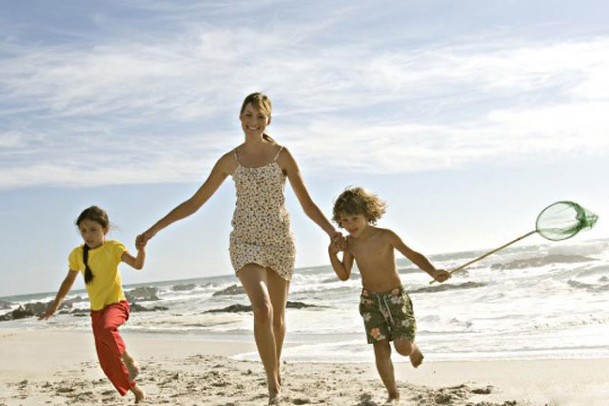 Aφήστε τα παιδιά να χαρούν το καλοκαίρι