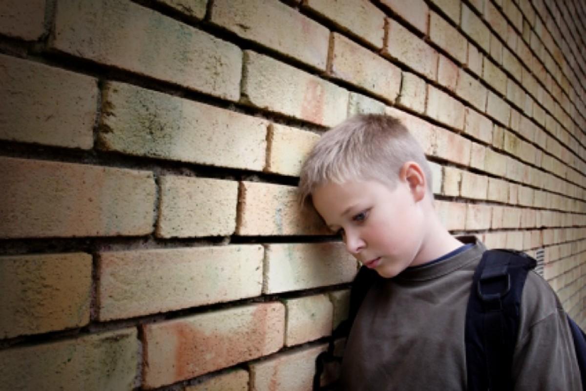 Η μαμά ρωτάει: τι κάνουμε όταν οι φίλοι του το στεναχωρούν;