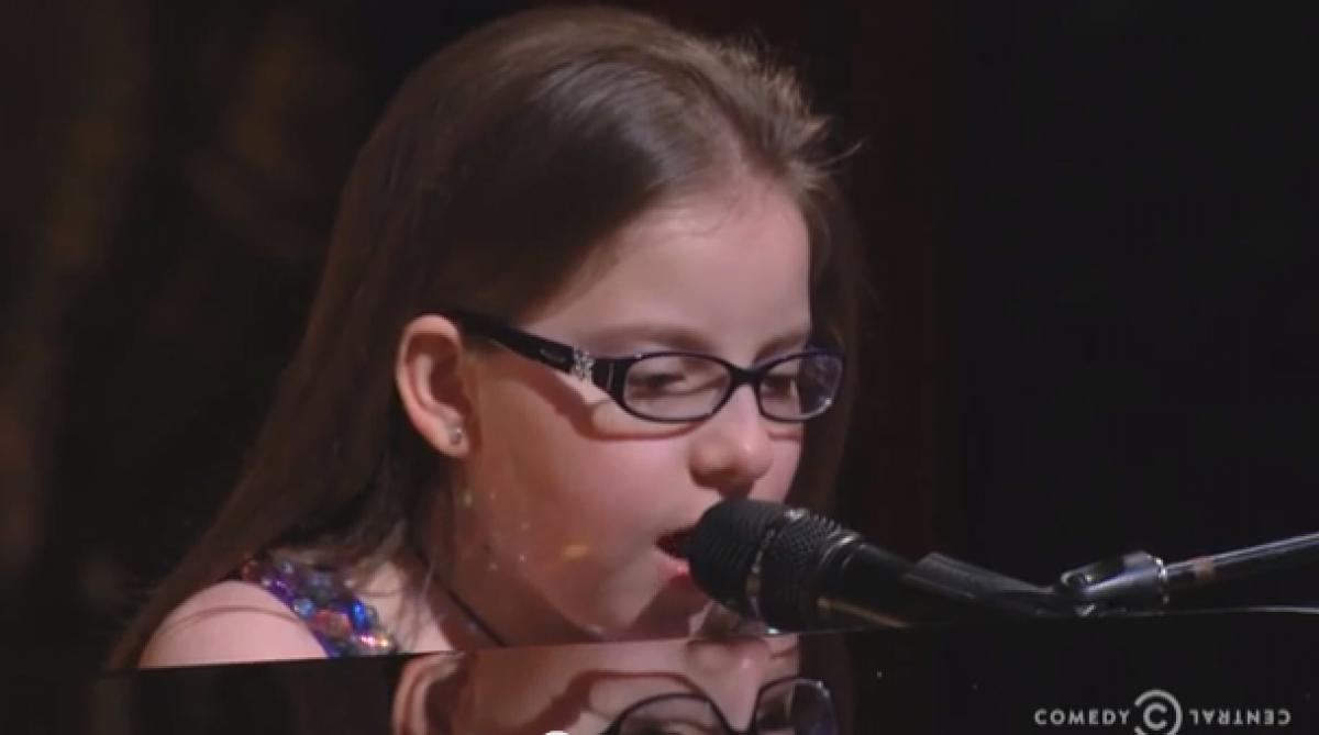 Το κορίτσι που κάνει τα συναισθήματά του τραγούδι!