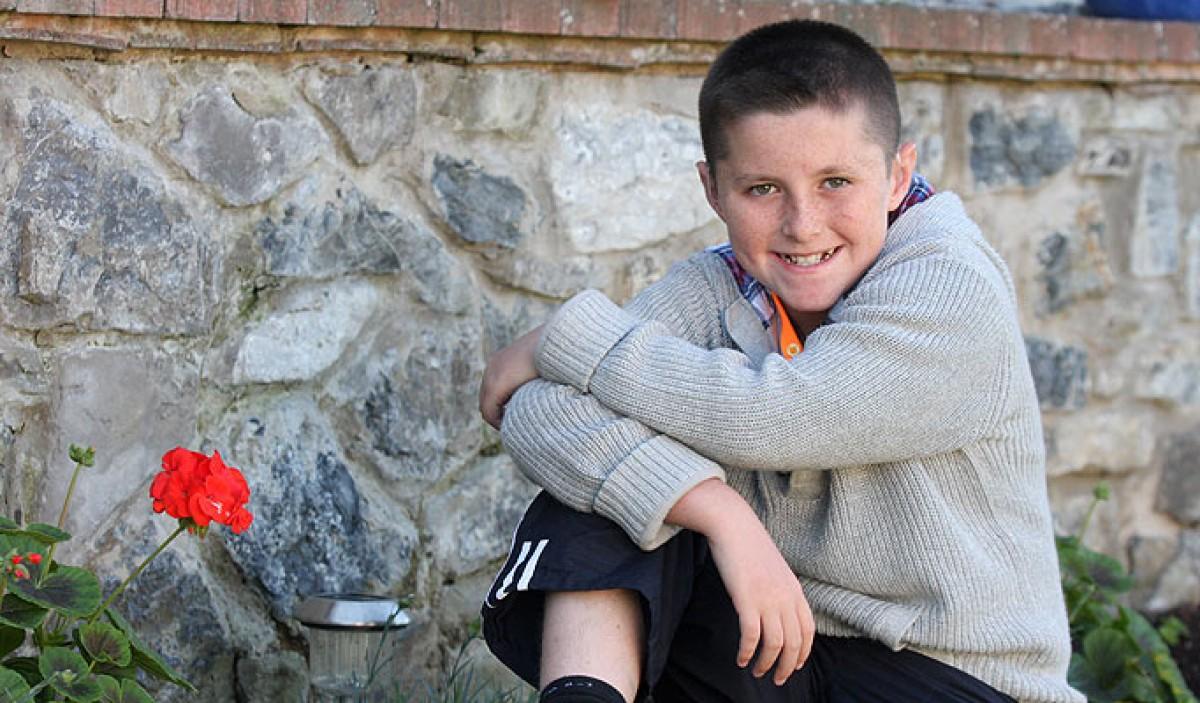 Το αγόρι που νίκησε τον καρκίνο παρά τα προγνωστικά