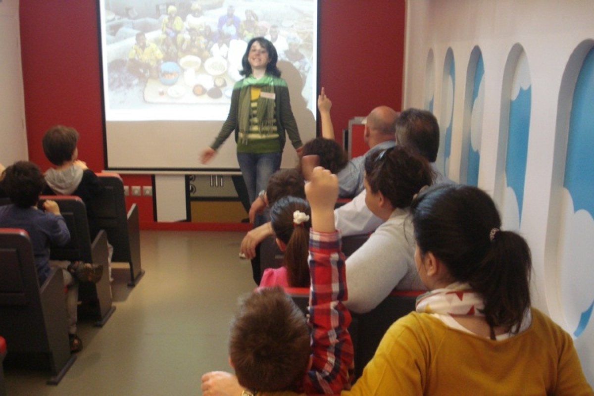 Εκπαιδευτικά προγράμματα για οικογένειες από την ActionAid