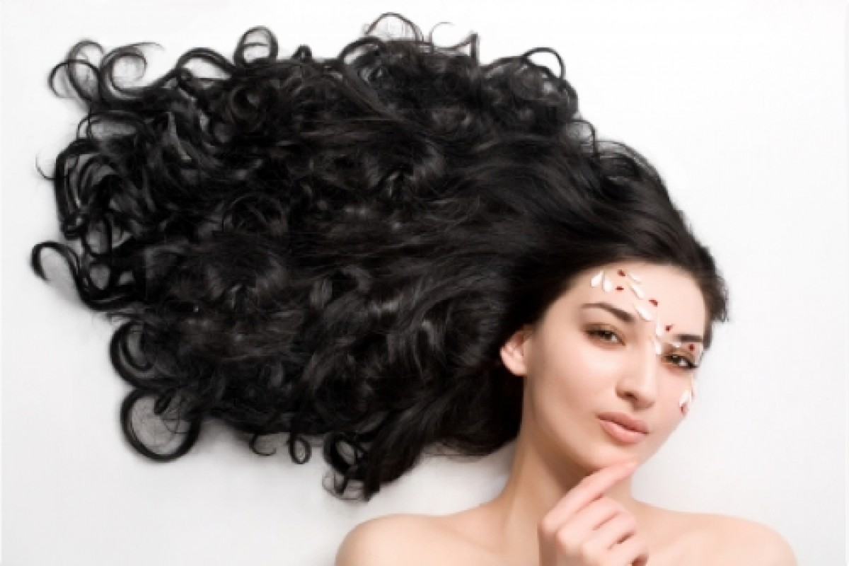 Σπιτικές μάσκες για λαμπερά και υγιή μαλλιά!