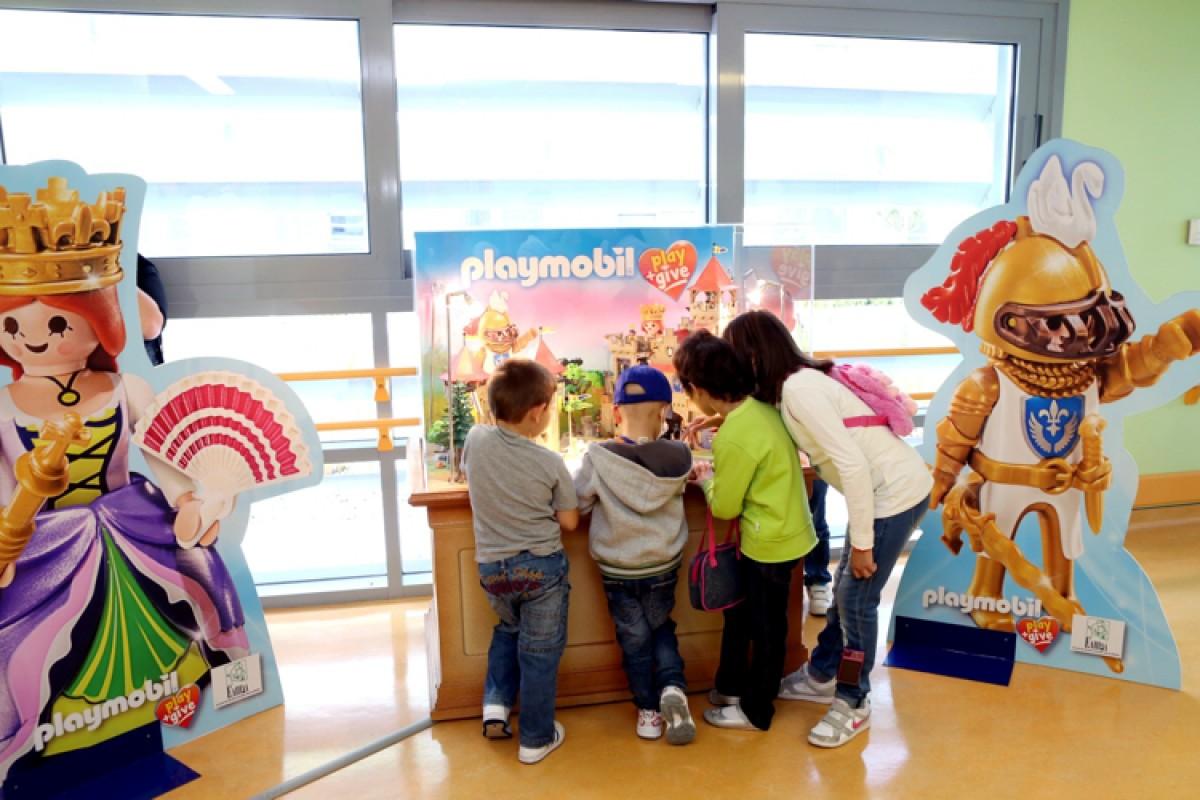 Playmobil play & give για δεύτερη χρονιά!