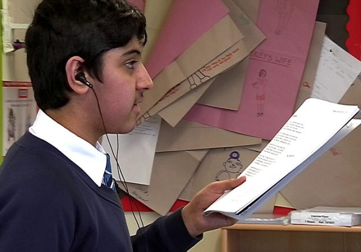 Ο μαθητής που ξεπέρασε το τραύλισμά του χάρη στο King's Speech