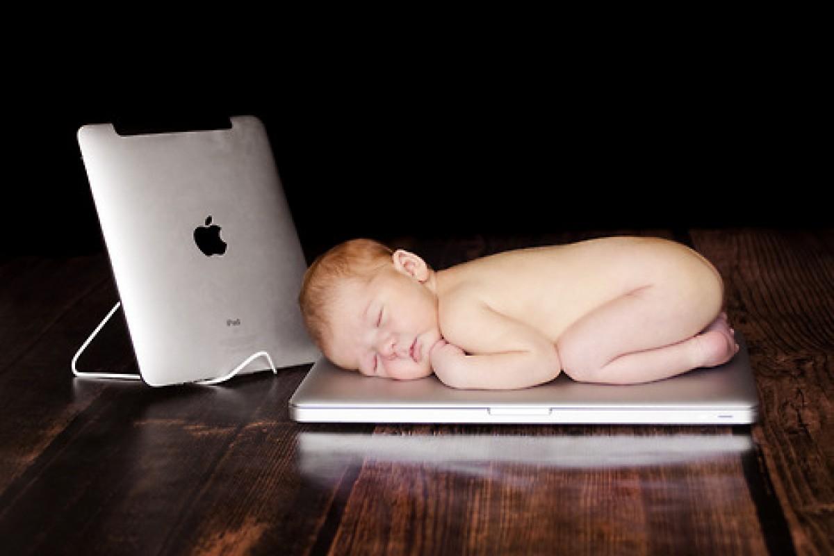 Επηρεάζει η τεχνολογία τον εγκέφαλο του μωρού μου;