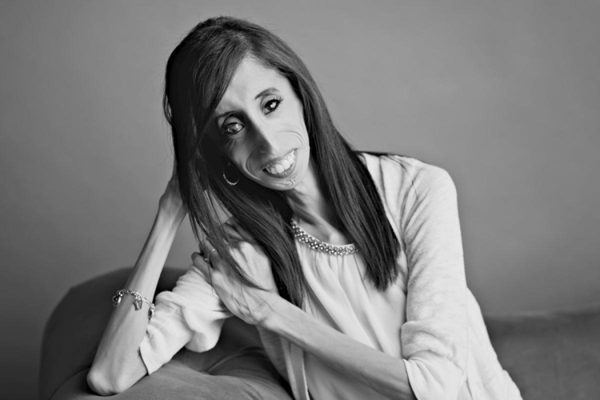 Lizzie Velásquez: η κοπέλα που επέλεξε να είναι ευτυχισμένη