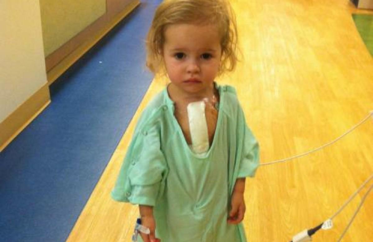 Πατέρας βλέπει τη φωτογραφία της άρρωστης κόρης του σε Facebook spam page και την εκμεταλλεύεται για καλό σκοπό!