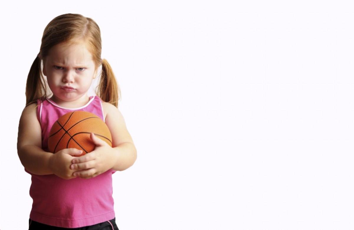 Πόσο λάθος είναι να μαλώνουμε άλλα παιδάκια;