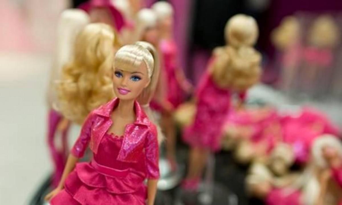 Γιατί δεν θα αγοράσω στην κόρη μου Barbie για τα Χριστούγεννα