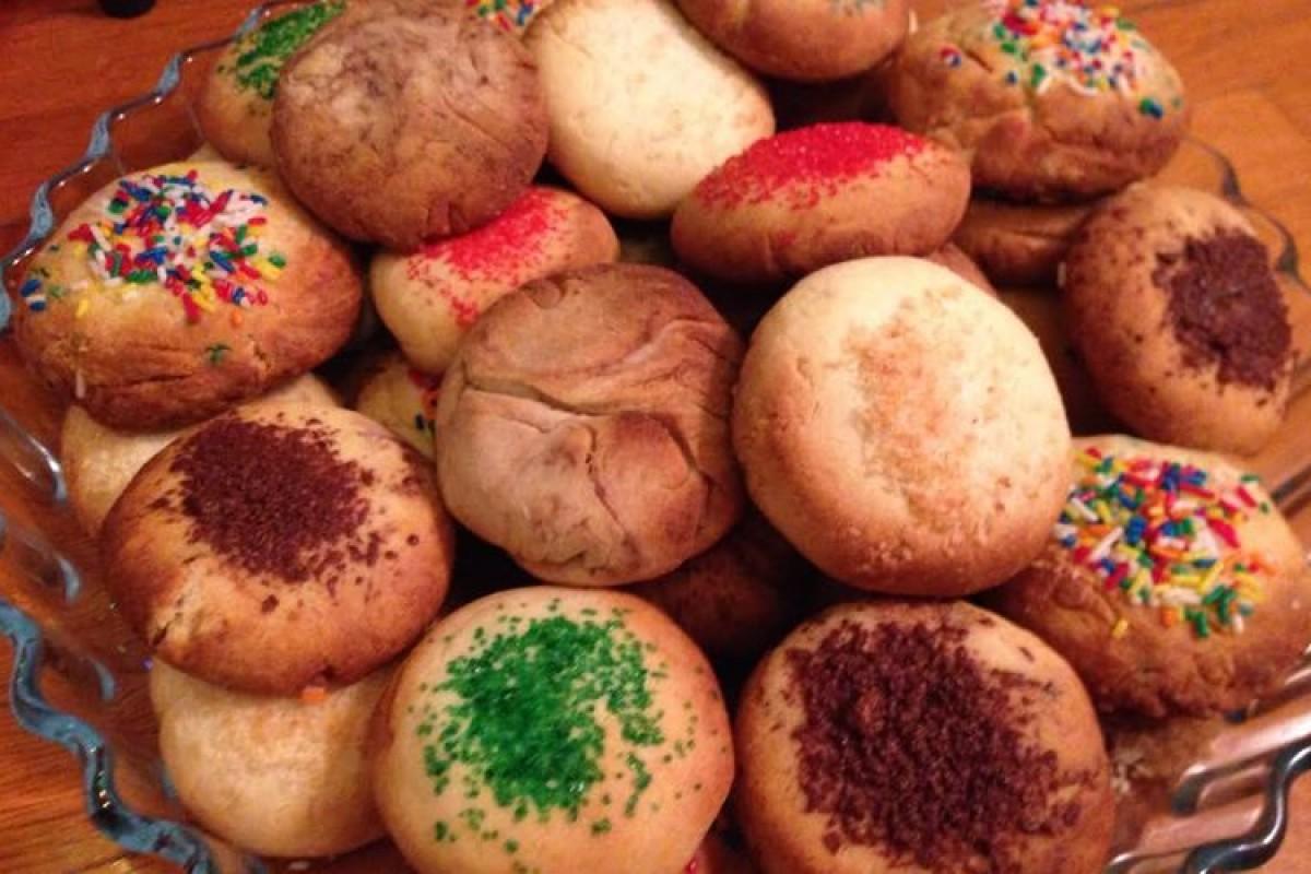 Τα απίθανα μπισκότα με τα τρία υλικά που θα λατρέψετε!