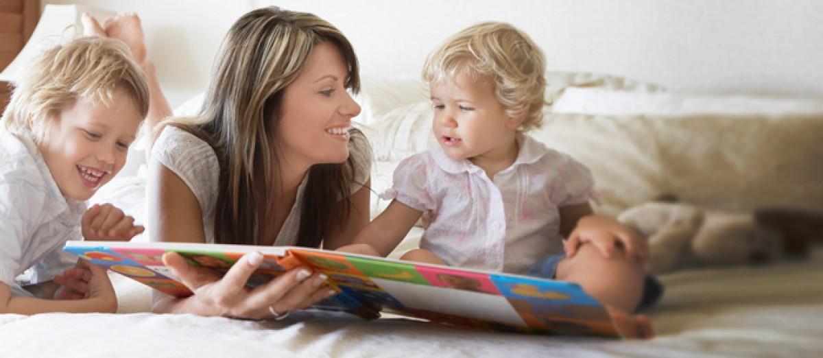 Τι θα πρέπει να γνωρίζουν οι γονείς όταν προσλαμβάνουν babysitter