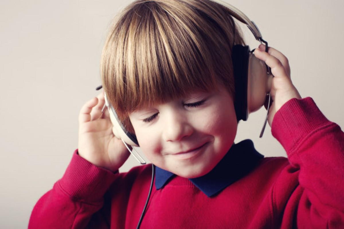 Η κλασική μουσική βοηθά τα παιδιά να συγκεντρωθούν