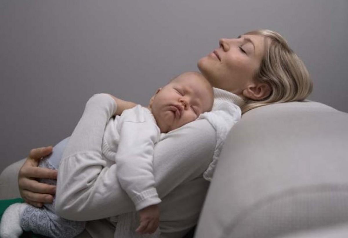ceac6fe1cfe 5 λάθη που κάνουν οι νέοι γονείς στον ύπνο των μωρών (και πώς να τα ...