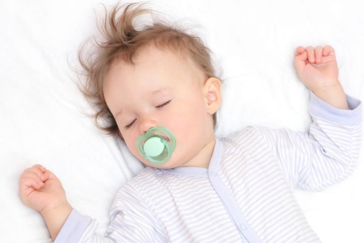 Πώς να του μάθω να κοιμάται χωρίς να τον νανουρίζω όλο το βράδυ;