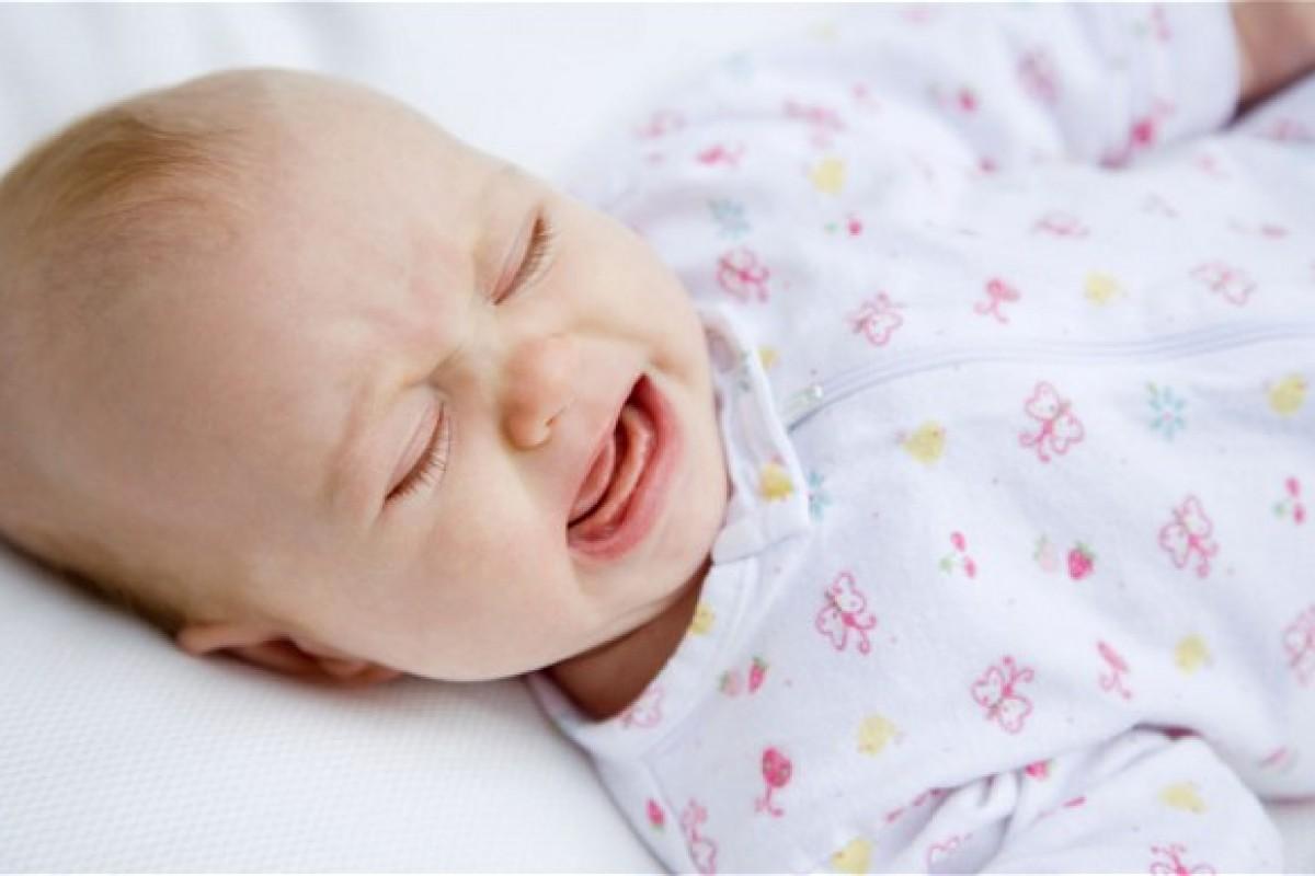 Τα μωρά κλαίνε όντως ψεύτικα για να τραβήξουν την προσοχή μας, λέει μία έρευνα