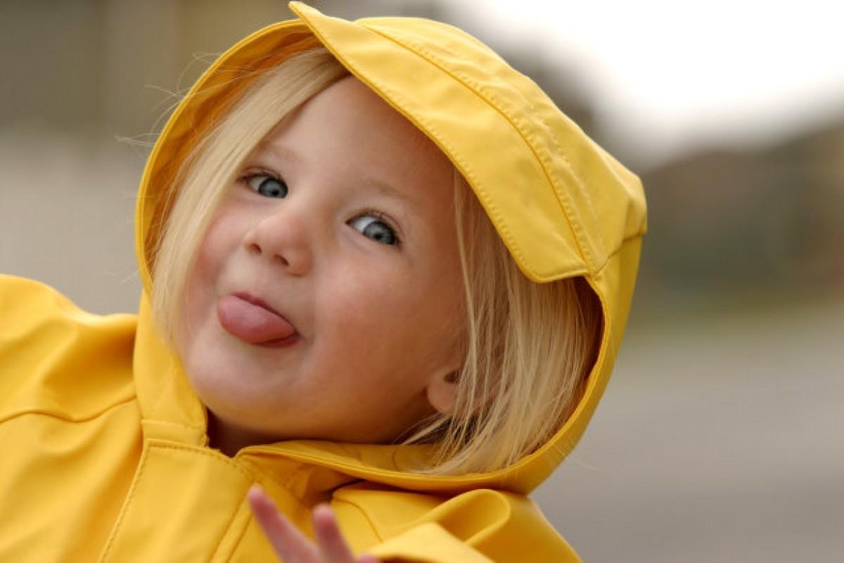10 παράξενα και απόλυτα φυσιολογικά πράγματα που κάνουν τα νήπια