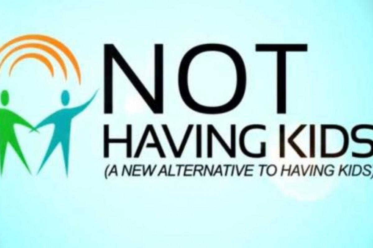 Τελικά να κάνω ή να μην κάνω παιδιά; Δείτε το ξεκαρδιστικό βίντεο