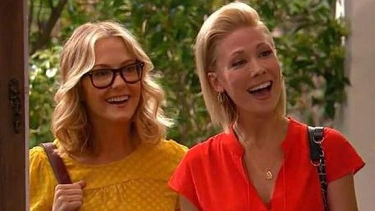 Οι μαμάδες της Τέιλορ – Το πρώτο γκέι ζευγάρι στο κανάλι της Disney