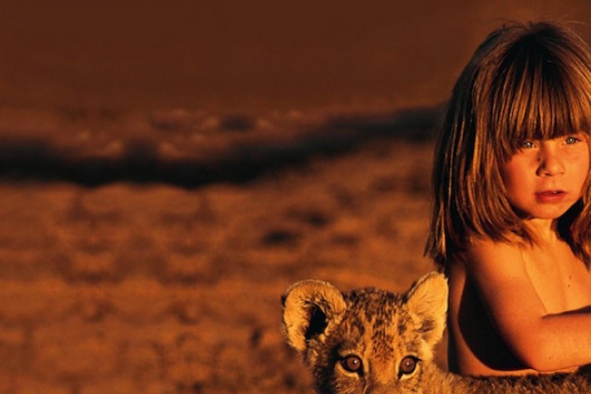 Tippi, το κορίτσι που έζησε ανάμεσα στα άγρια ζώα της ζούγκλας