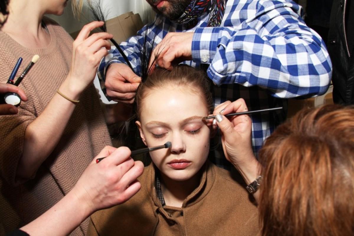 Beauty Basics: Πινέλα Μακιγιάζ