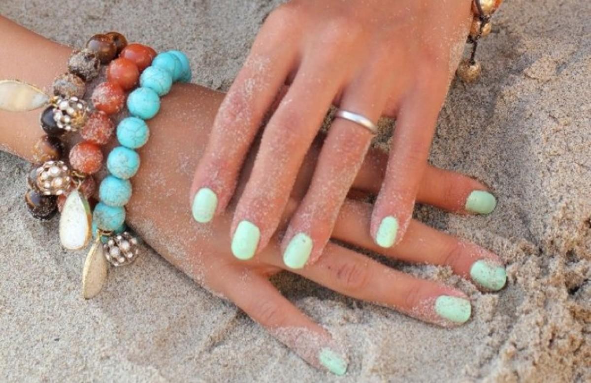 Μια καλοκαιρινή τάση για τα νύχια μας: παστέλ βερνίκια!