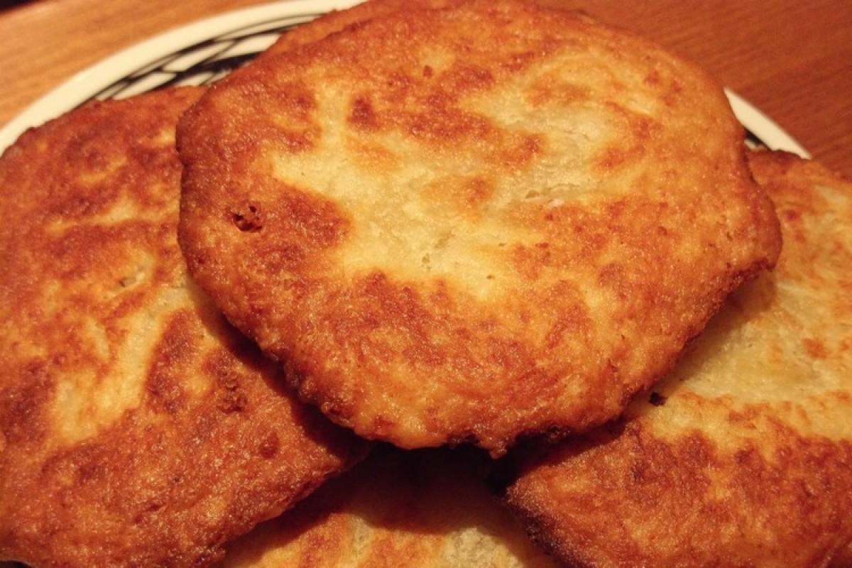 Ζυμαροπιτάκια με τυρί