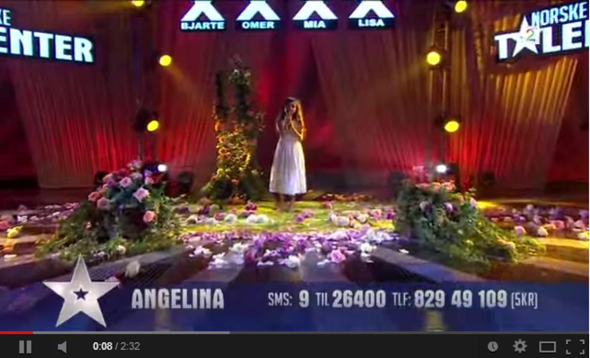 Δείτε την απίθανη 8χρονη Angelina να τραγουδά μοναδικά το Summertime