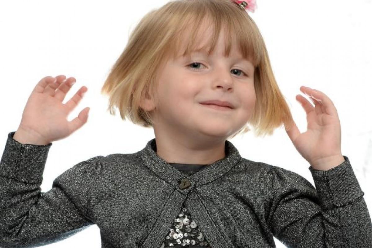 4χρονη «Ραπουνζέλ» χαρίζει τα μαλλιά της σε παιδιά με καρκίνο