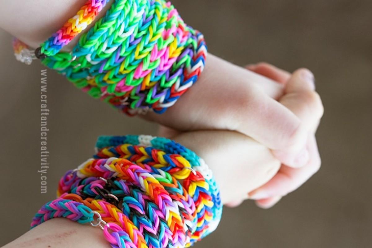 Εσύ ξέρεις να «πλέκεις» βραχιολάκια απο λαστιχάκια;