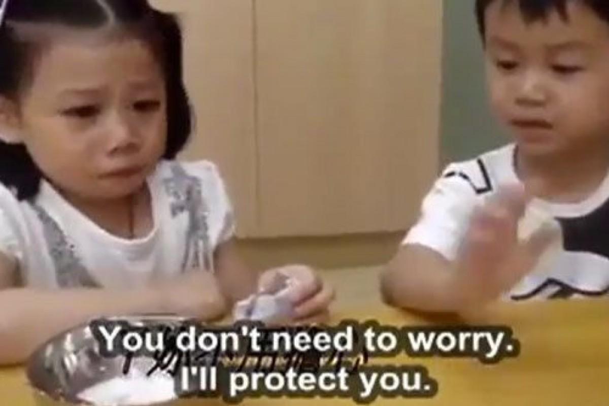 [Βίντεο] Μην ανησυχείς! Εγώ θα σε προστατέψω!