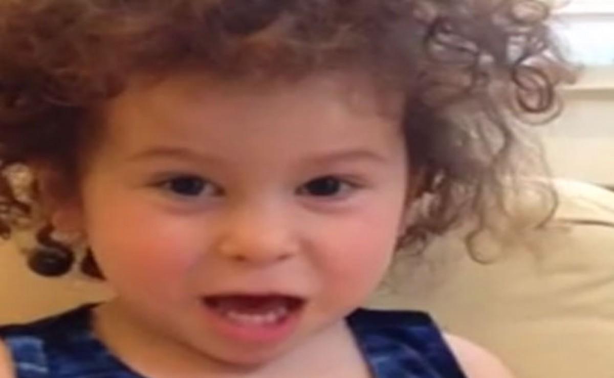 [Βίντεο] Η ευχή της μικρής Cleo για το γάμο της θείας της