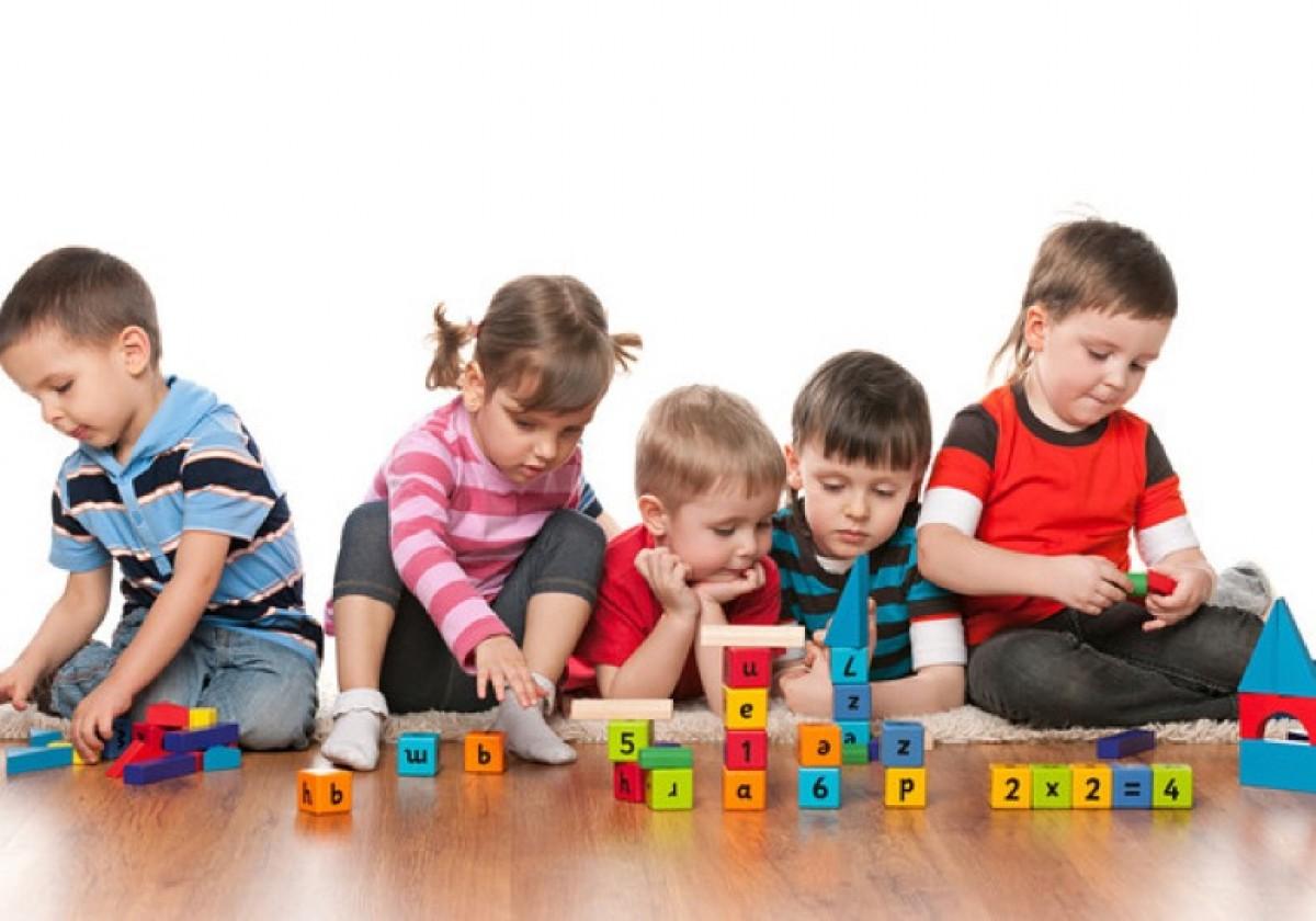 Από τεσσάρων ετών τα παιδιά στο νηπιαγωγείο