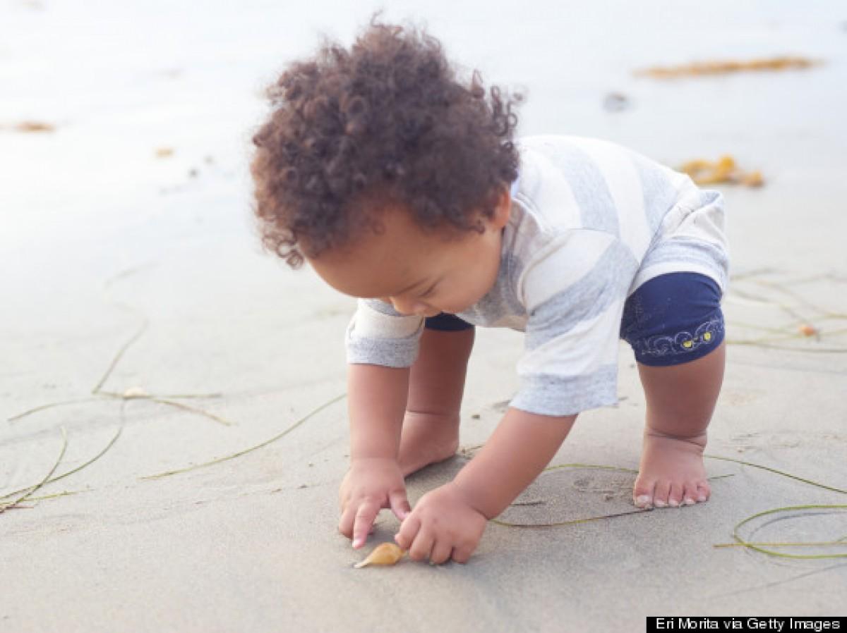 8 λόγοι για να πάτε το μωρό σας στη θάλασσα